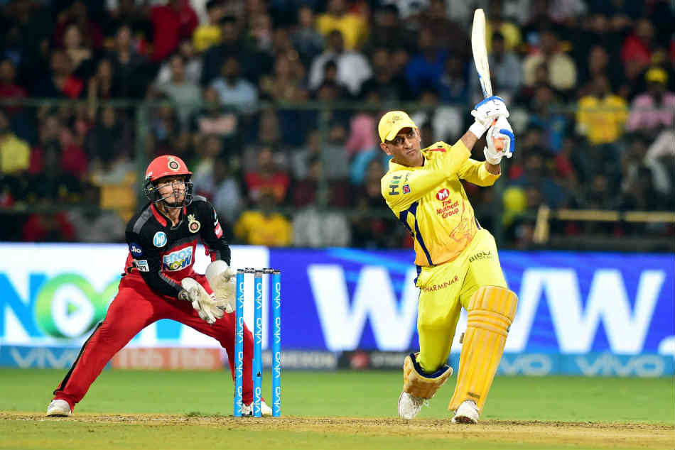 IPL Records | Most sixes hit by a batsman in IPL till 2018, ms dhoni, ms dhoni hitting six, ms dhoni chennai super kings